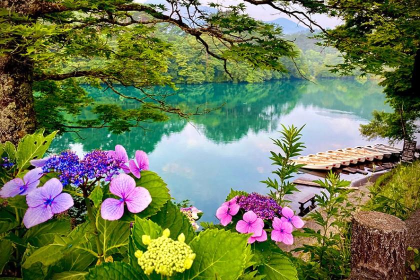 Goshiki-numa Ponds