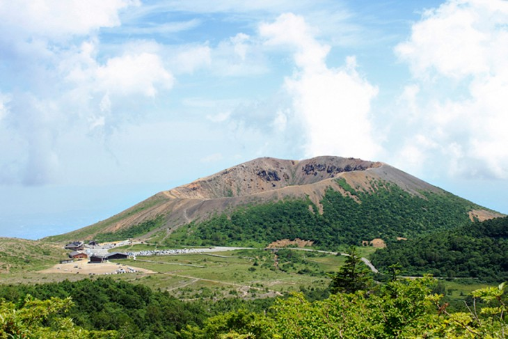 Azuma-Kofuji's Short & Scenic Hiking Route