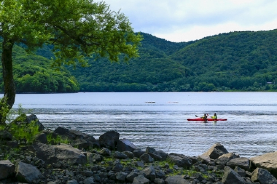 Experience Canoeing at Lake Hibara