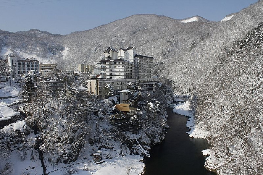 Suối nước nóng Ashinomaki Onsen